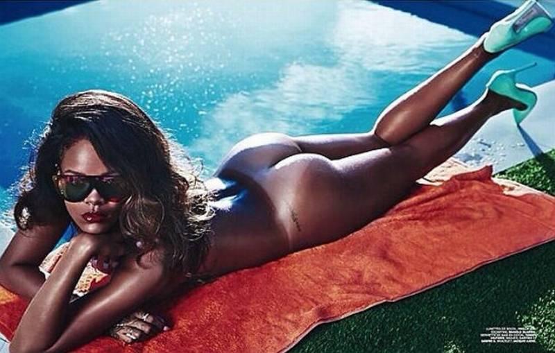 Rihanna Muestra Todas Las Marcas Del Biquini Para Lui
