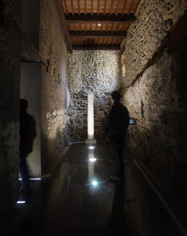 Cuarto Milenio\' busca fantasmas en el Palacio del Conde Luna