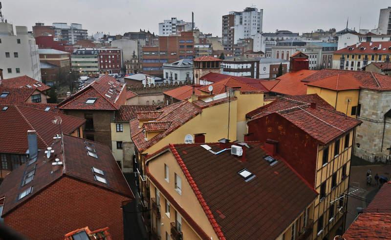 El parque de viviendas de la capital leonesa supera las 20.000 edificaciones. RAMIRO